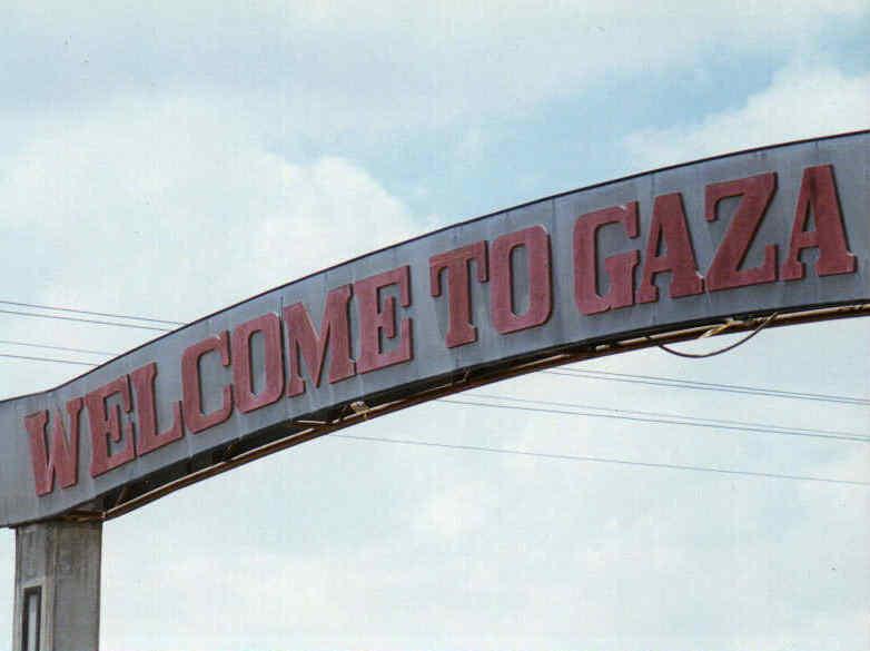 Welcome to Gaza sign (Erich Habich)